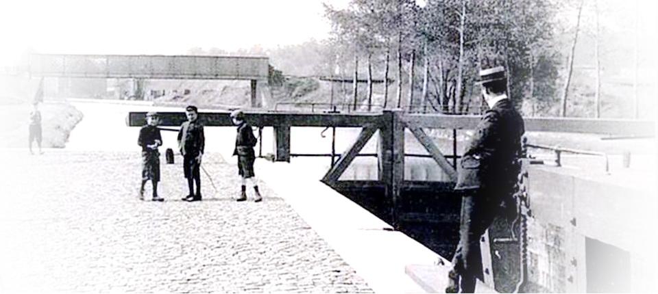 L'écluse numéro 7 de Gosselies au début du 20eme siècle