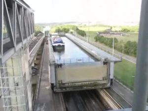 08 - ronquieres-escalader_le_plan_incline-webm-1